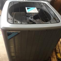 Daikin Air Conditioning Condensing Unit 16 SEER 5 Ton - DX16SA0601